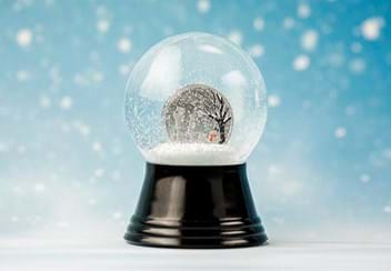 LS-(supplier-resize)-Cook-Islands-1-dollar-silver-prooflike-in-snow-globe-coin-Lifestyle-1.jpg
