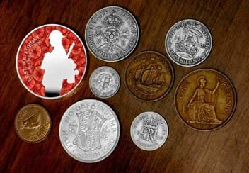 LS-UK-2020-1940-Remembrance-Day-Set-Lifestyle-2.jpg