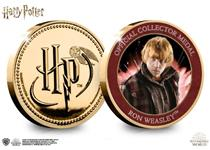 This official Harry Potter medal features on the reverse a full colour image of Ron Weasley. The obverse features the Harry Potter logo.