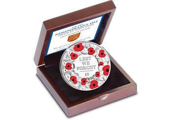 P839 2015 Remembrance Day Silver 5 Poppy Coin in a box.jpg