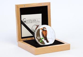 Quilling Art Bird Silver Coin in Wooden Display Case
