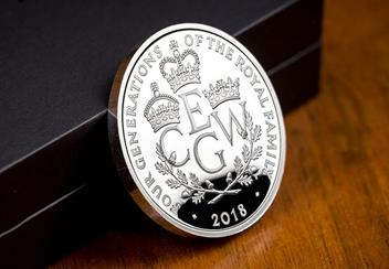 UK 2018 Four Generations Of Royalty Silver Proof Five Pound Coin Reverse Lifestyle