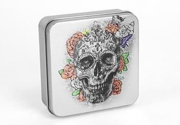 2018 Day Of The Dead Antique Silver Skull Shaped Coin Display Case