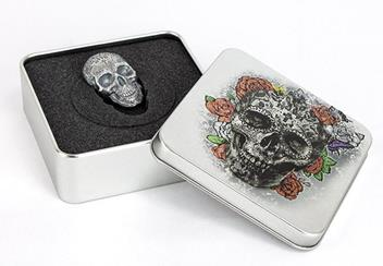 2018 Day Of The Dead Antique Silver Skull Shaped Coin Display Case2