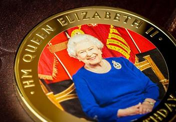 Queens 90Th Birthday Gold Plated Supersize Coin Reverse Close Up Lifestyle