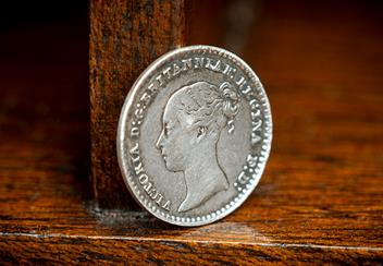 UK-1852-Queen-Victoria-Young-Head-Maundy-Money-Silver-Penny-Lifestyle.png