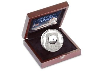 LS-IOM-£5-Proof-Coin-50-year-moon-landing-Wooden-Box.png