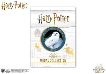 AT-Harry-Potter-Collector-Medal-Product-Images-Hedwig-Pack-Front.png