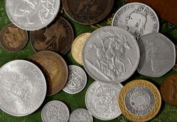 LS-UK-Stories-of-British-Coins-Collection-Lifestyle-2.png