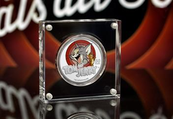 LS-2020-Tuvalu-Tom-and-Jerry-1-dollar-Silver-Proof-with-colour-print-Coin-Lifestyle.jpg
