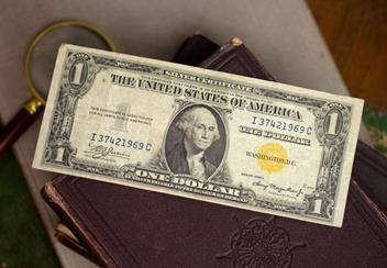 The-US-Emergency-WWII-Banknote-lifestyle.jpg
