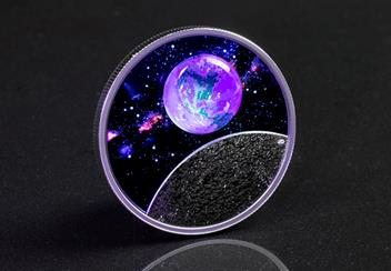 LS-Canada-2020-Mother-Earth-Silver-Coin-with-3d-glass-earth-silver-proof-20-dollars-lifestyle-3-with-blacklight.jpg