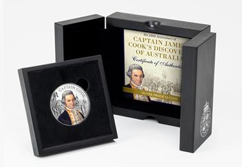 2020 Captain Cook £5 Silver Proof with Colour BOX.jpg