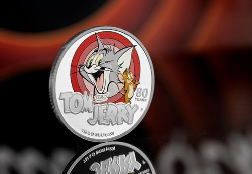 LS-2020-Tuvalu-Tom-and-Jerry-1-dollar-Silver-Proof-with-colour-print-Coin-Lifestyle-2.jpg